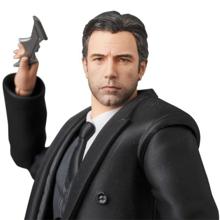 Justice League Movie MAFEX Bruce Wayne-0