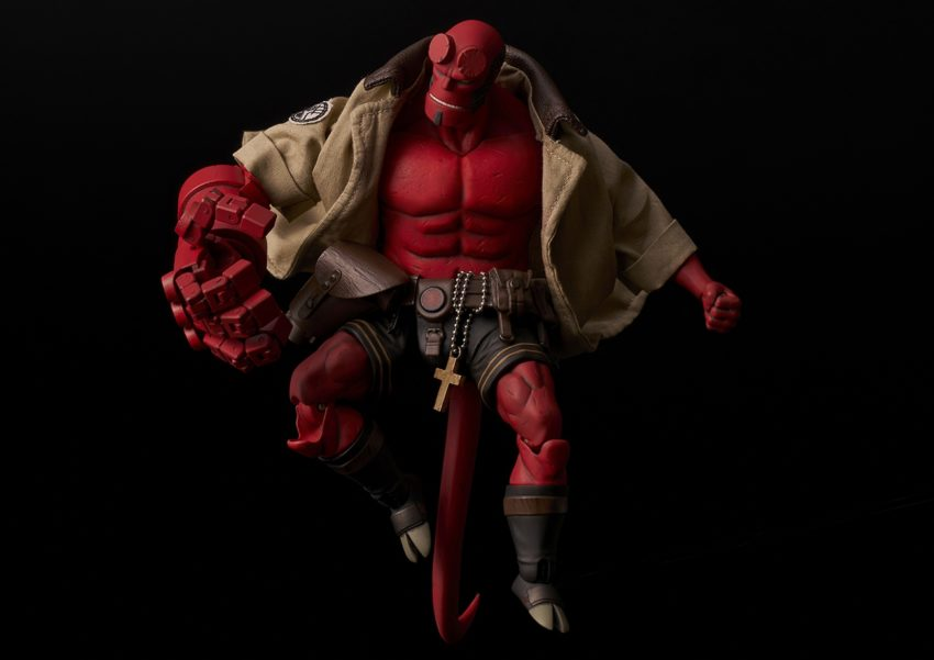 Hellboy 1/12 scale Hellboy Action Figure-9558