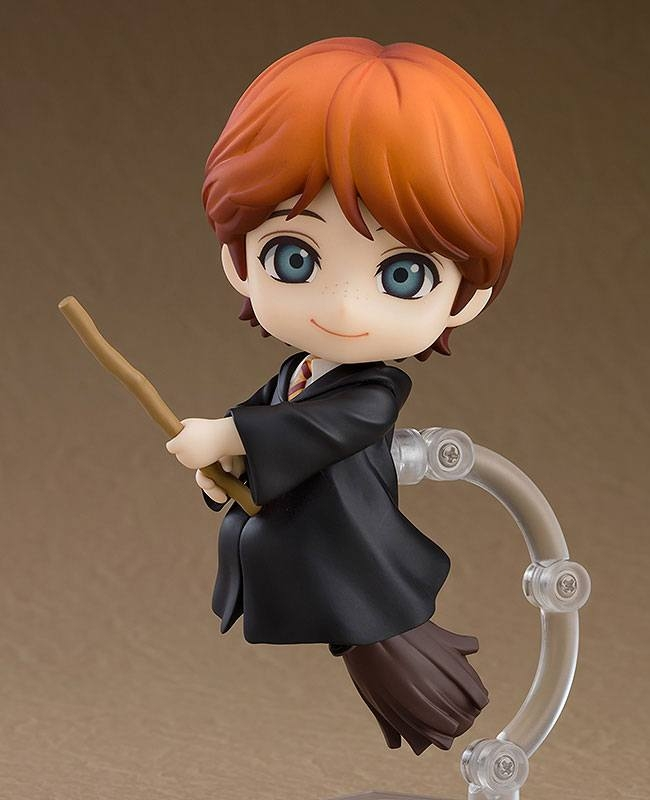 Harry Potter Nendoroid Ron Weasley (Exclusive Base Edition)-10876