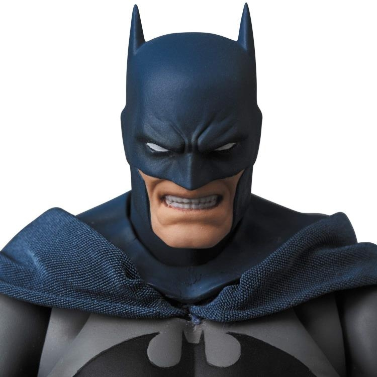 Batman MAFEX No.105 Batman (Hush version)-14968