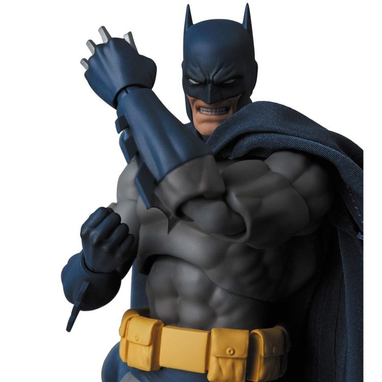 Batman MAFEX No.105 Batman (Hush version)-14972