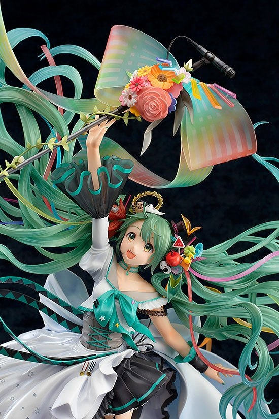 Character Vocal Series 01 Statue 1/7 Hatsune Miku Memorial Dress Ver.-15247