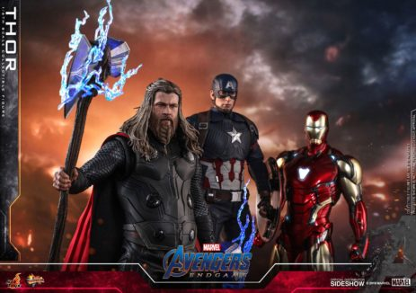 Avengers: Endgame Thor and Hulk Figures by Hot Toys